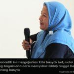 Kisah Perempuan Tangguh Sang Penerang Kampung