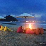 Pantai Selong Belanak dan Warung Coba-Coba Untuk Para Pencari Ketenangan